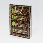 Размер 30х40х10 см, мелованная бумага ,полноцветная печать, глянцевая ламинация